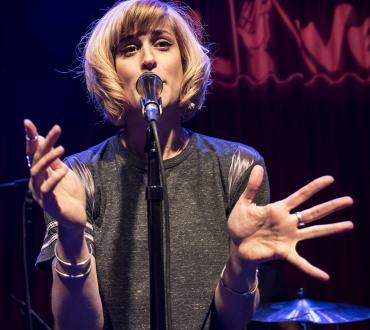 Dessa at the microphone